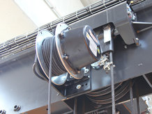 Power supply for mobile vacuum lifter with Spring Cable Reel